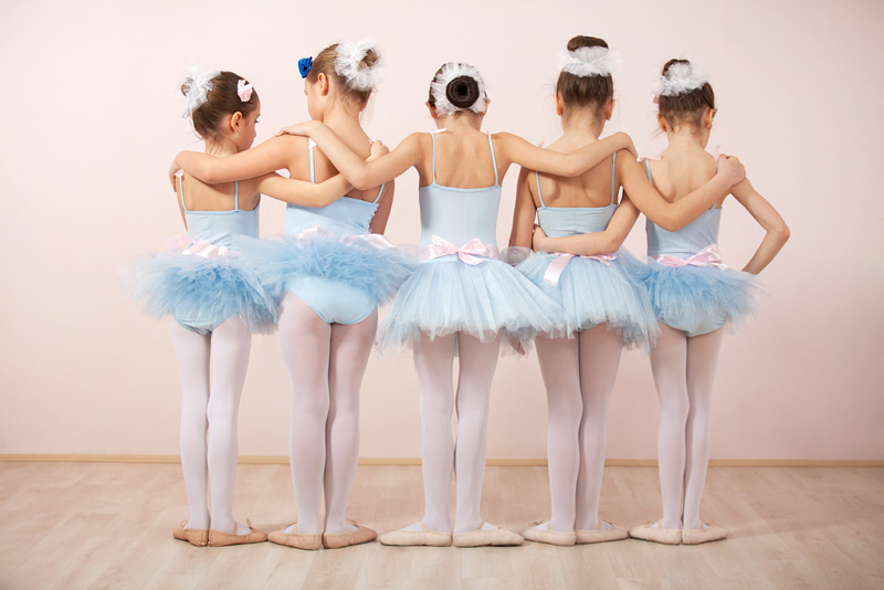 4adcd62878 Beleza e graciosidade  conheça as vantagens do Ballet infantil ...